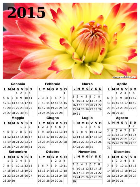 Calendario con fiore del 2015