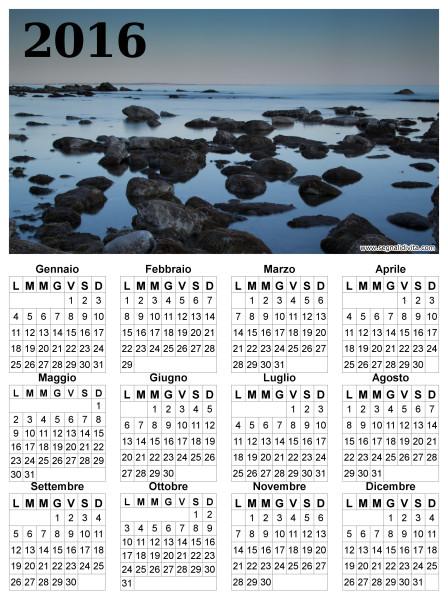 Calendario in riva al mare del 2016
